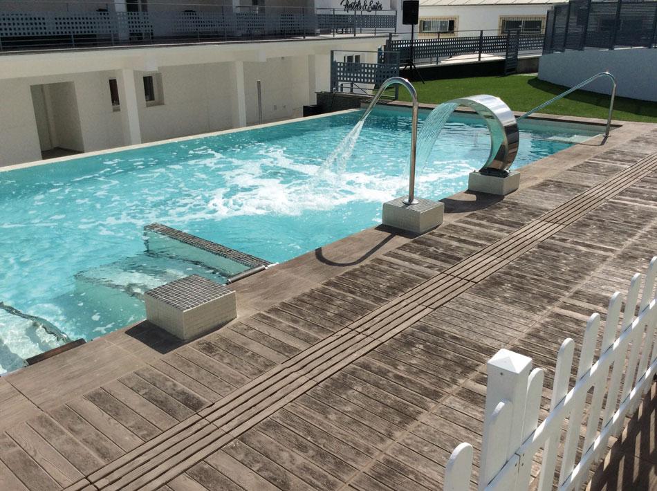 Baldosa azores verniprens for Drenaje de piscina