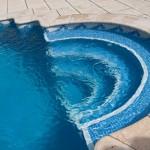 Remate de piscina curvo Trena
