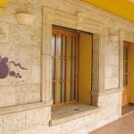 Moldura y ángulo Alcudia, moldura y esquina saliente moldura Marés, aplique Peñaranda y clave Flor de Lys